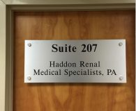 HADDON RENAL – Satin Aluminum Metalike™ Panel with Vinyl Copy in Moorestown, NJ